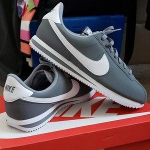 Nike Cortez Basics (Mens)
